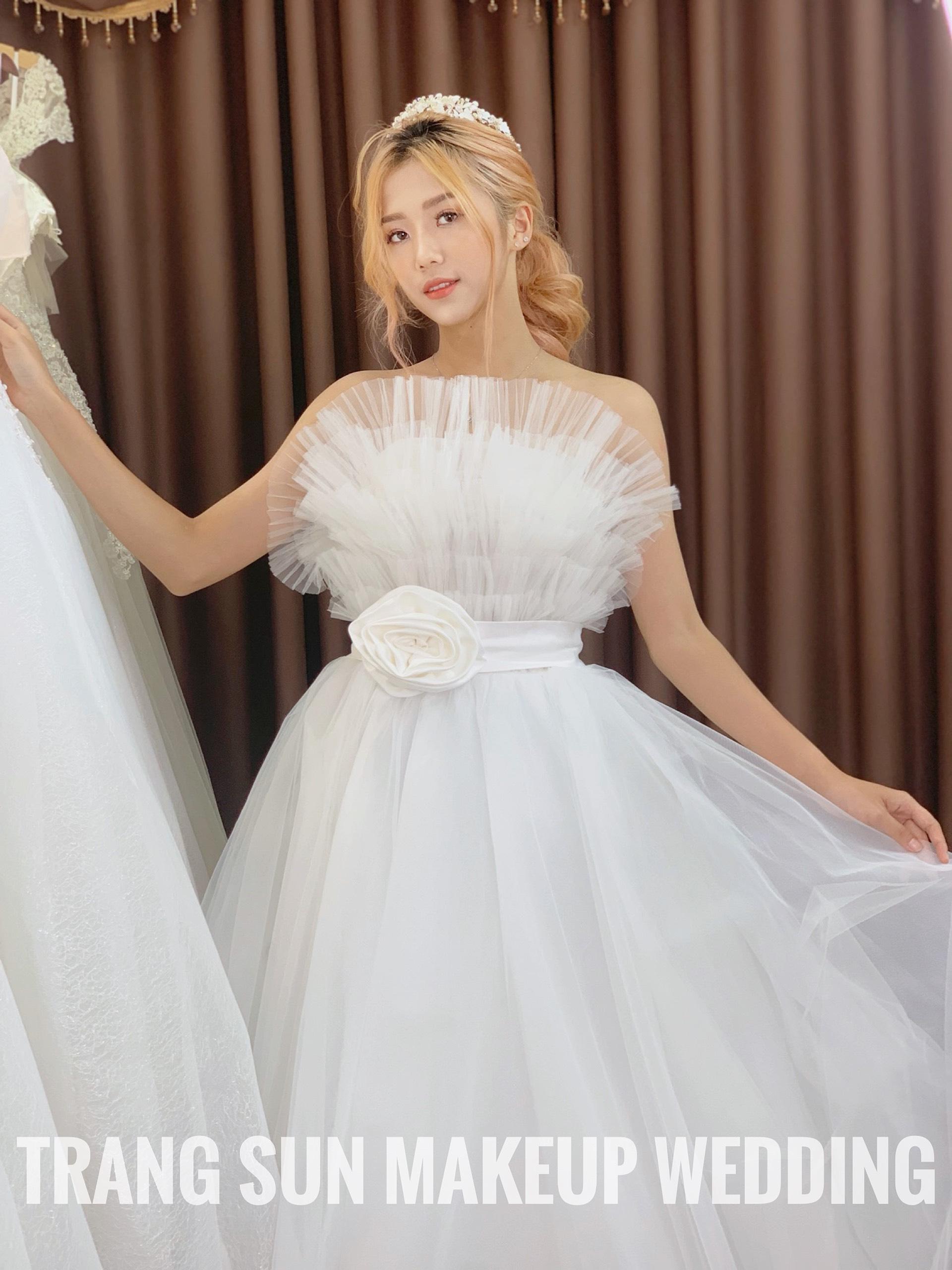 cho thuê váy cưới giá rẻ